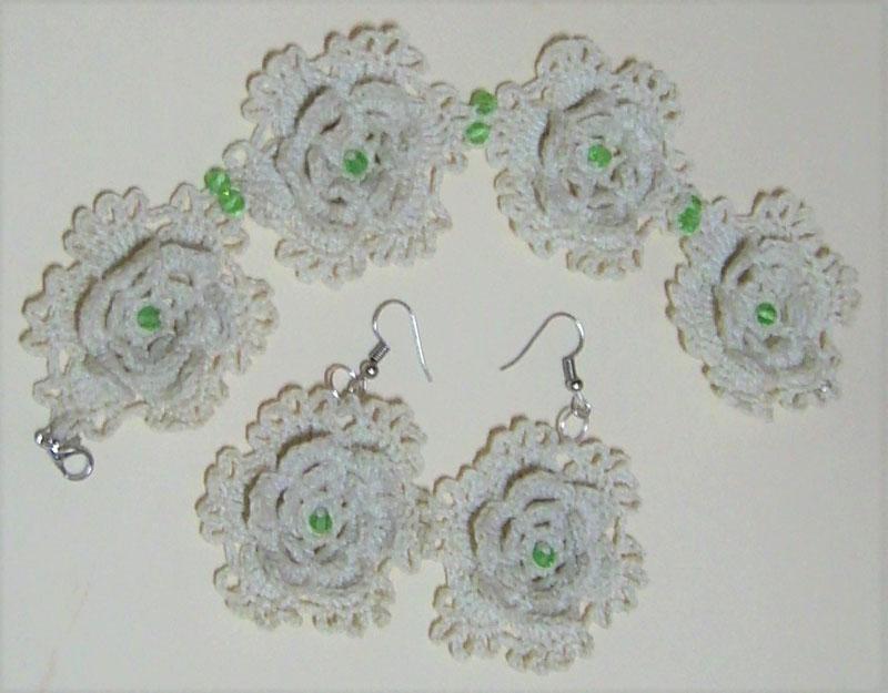 Conjunto brazalete y pendientes flor